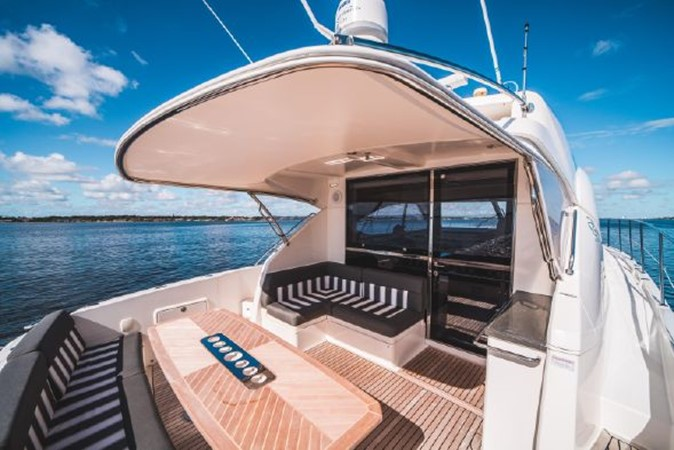 2015 RIVIERA 5000 Sport Yacht Motor Yacht 2404212