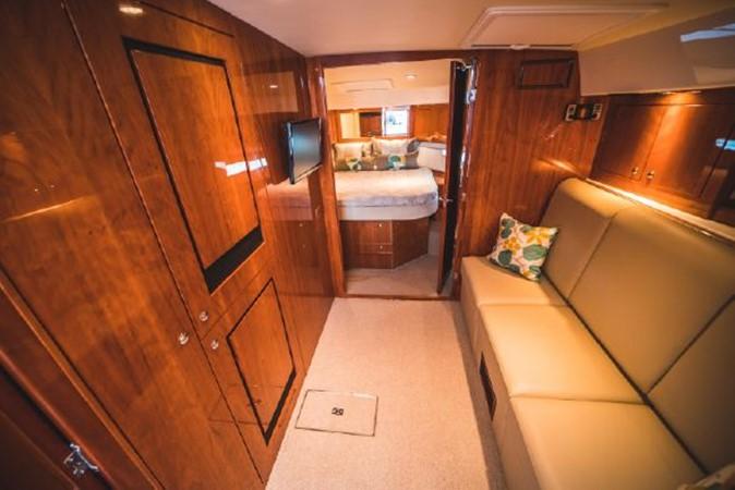 2015 RIVIERA 5000 Sport Yacht Motor Yacht 2404217