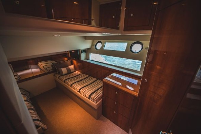 2015 RIVIERA 5000 Sport Yacht Motor Yacht 2404218