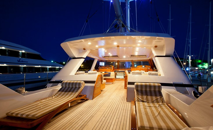Aft Deck 1996 VALDETTARO Commercial Sailing Yacht Cruising Sailboat 2404930