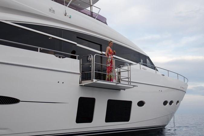 2014 PRINCESS YACHTS Princess 88 Motor Yacht 2406549