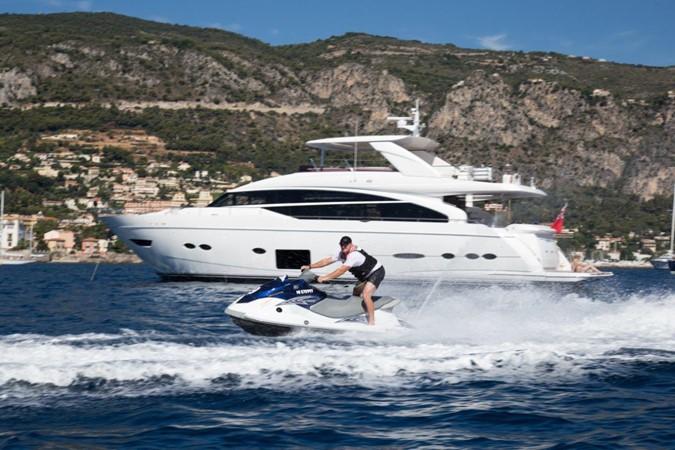 2014 PRINCESS YACHTS Princess 88 Motor Yacht 2406552