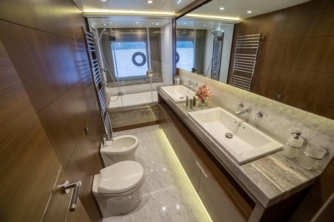 2014 PRINCESS YACHTS Princess 88 Motor Yacht 2406553