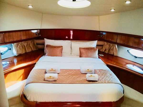 2001 SUNSEEKER Manhattan  Motor Yacht 2405709
