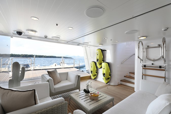 Beach Club 2005 FEADSHIP  Motor Yacht 2406742