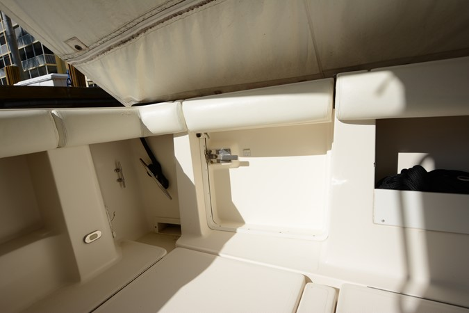 1997 TIARA  Cruiser 2407233