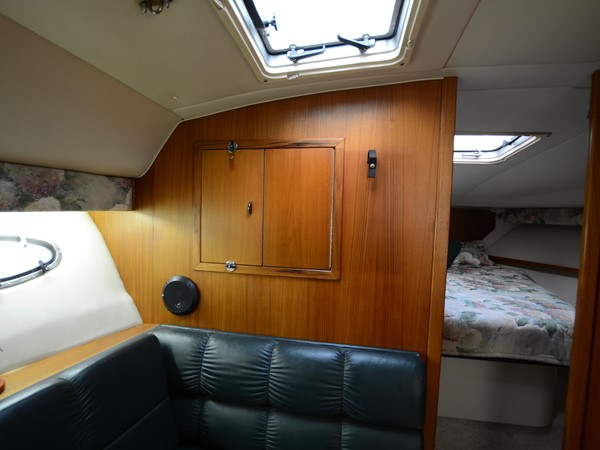 1997 TIARA  Cruiser 2407253