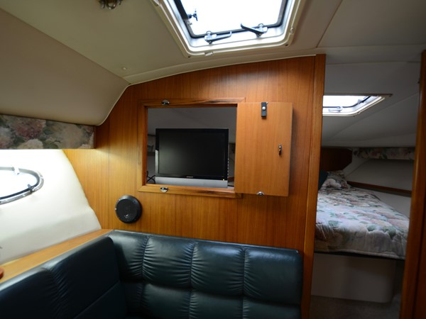 1997 TIARA  Cruiser 2407254