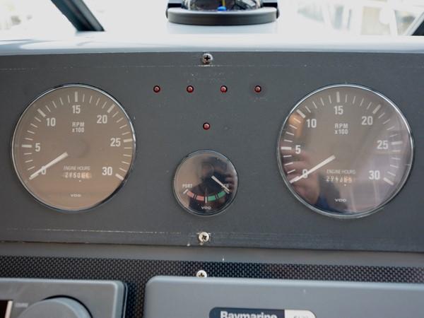 1997 TIARA  Cruiser 2407298