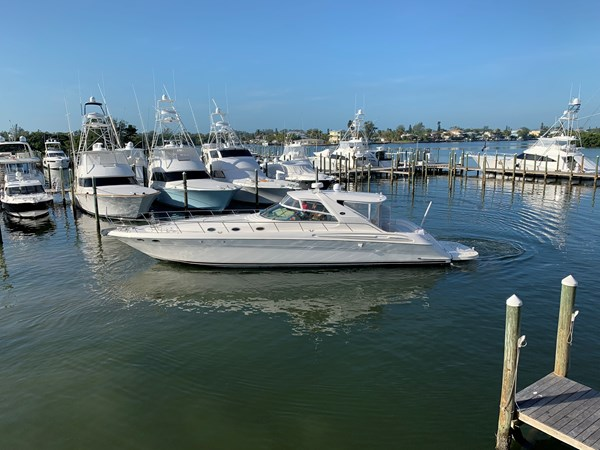 Sea Ray 580 SS 2002 2002 SEA RAY 580 Super Sun Sport Cruiser 2443756