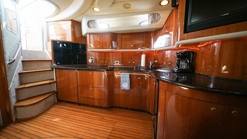 Galley 2002 SEA RAY 580 Super Sun Sport Cruiser 2580668