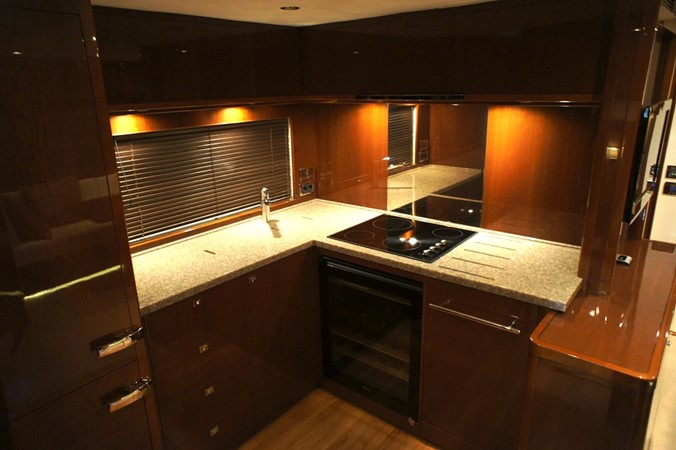 2010 PRINCESS YACHTS  Motor Yacht 2413598