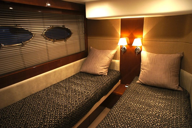2010 PRINCESS YACHTS  Motor Yacht 2413602
