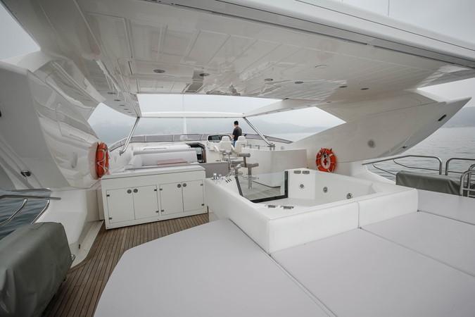 2011 SUNSEEKER Predator 115 Motor Yacht 2517864