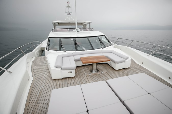 2011 SUNSEEKER Predator 115 Motor Yacht 2517869