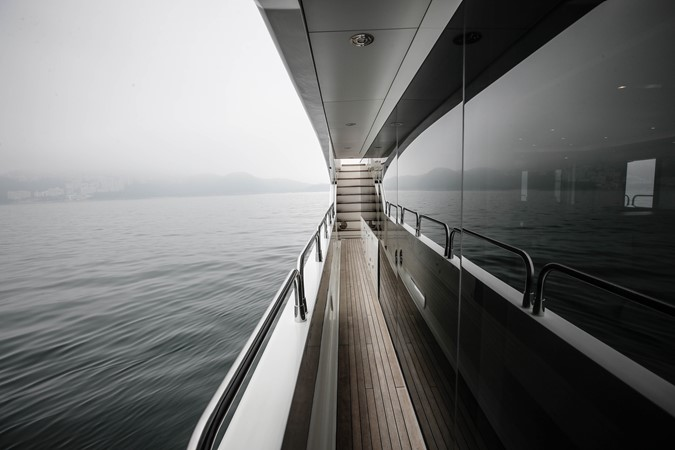 2011 SUNSEEKER Predator 115 Motor Yacht 2517875