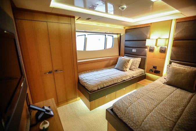2011 SUNSEEKER Predator 115 Motor Yacht 2517888
