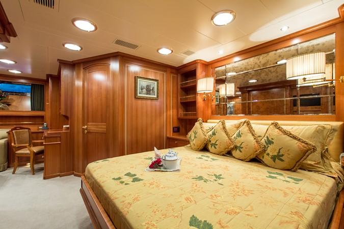 2001 PERINI NAVI  Cruising Sailboat 2426338