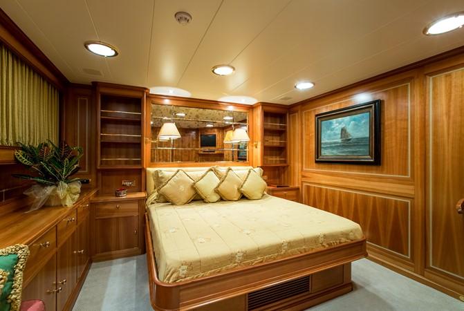 2001 PERINI NAVI  Cruising Sailboat 2426342