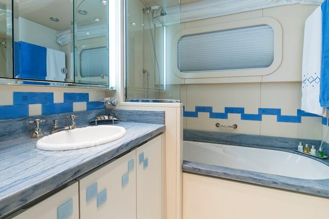 2003 DELTA  Motor Yacht 2435442