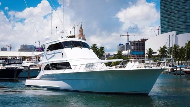 2000 BUDDY DAVIS  Sport Fisherman 2427045
