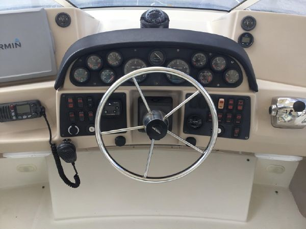 Helm 2005 CARVER Cockpit Motoryacht Motor Yacht 2429696