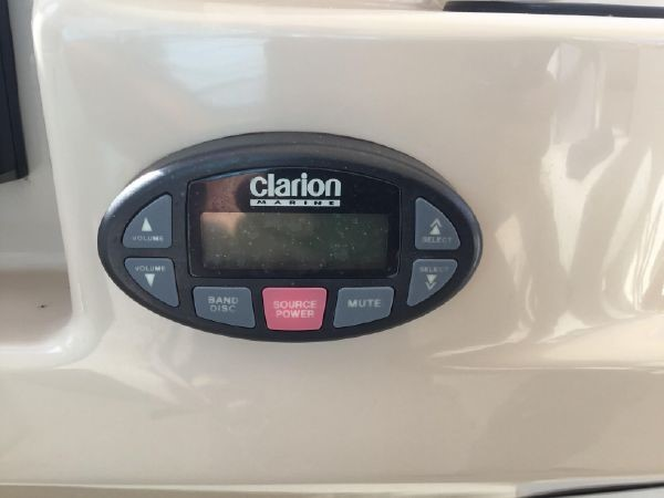Clarion Remote 2005 CARVER Cockpit Motoryacht Motor Yacht 2429707