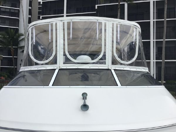 Clear Enclosure 2005 CARVER Cockpit Motoryacht Motor Yacht 2429717