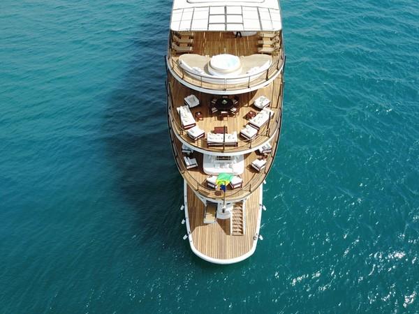 1998 DEVONPORT YACHTS  Motor Yacht 2431114