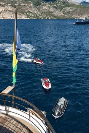 1998 DEVONPORT YACHTS  Motor Yacht 2431115
