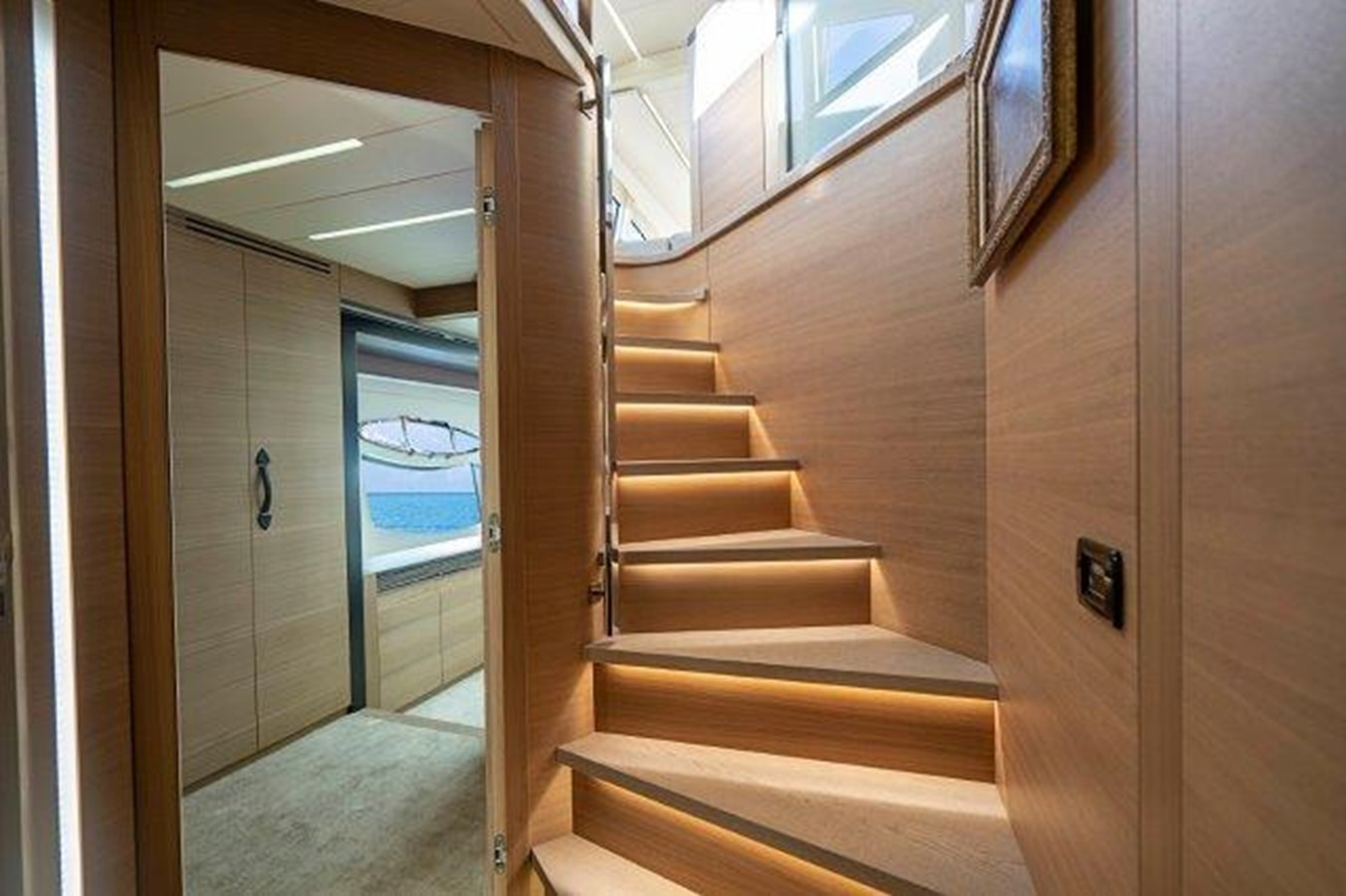 Stairs to Companionway 2014 PERSHING  Motor Yacht 2431289