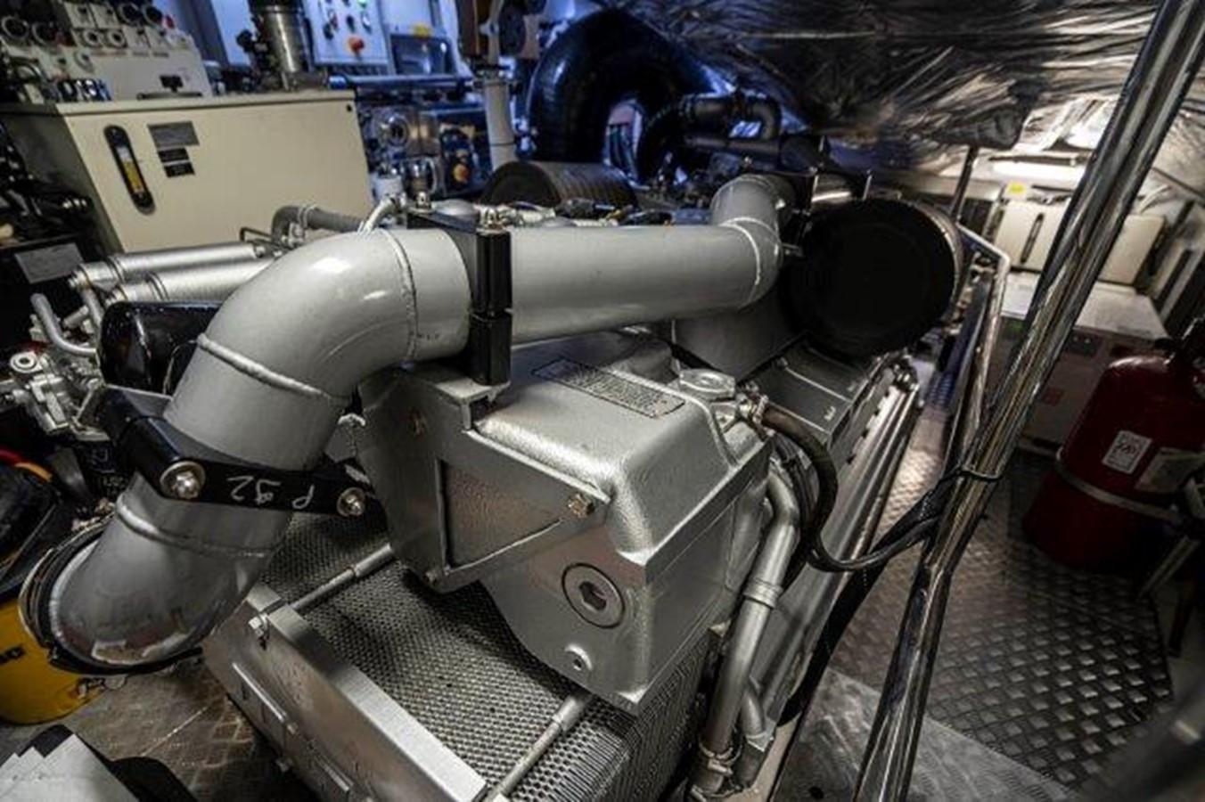 Engine Room 2014 PERSHING  Motor Yacht 2431312