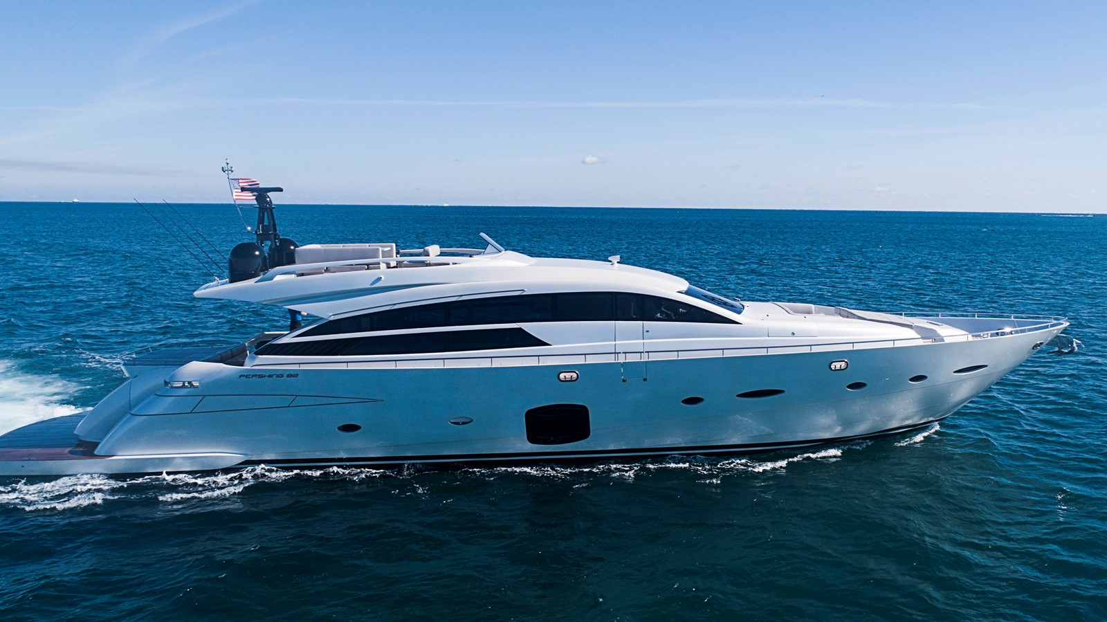 Neverland 2014 PERSHING  Motor Yacht 2431637