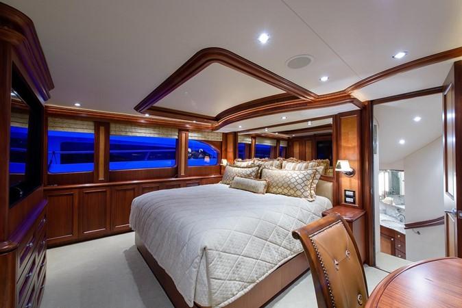2006 CHEOY LEE Bravo Series Motor Yacht 2431821