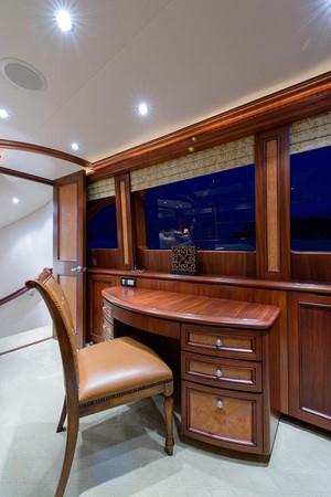 2006 CHEOY LEE Bravo Series Motor Yacht 2431826