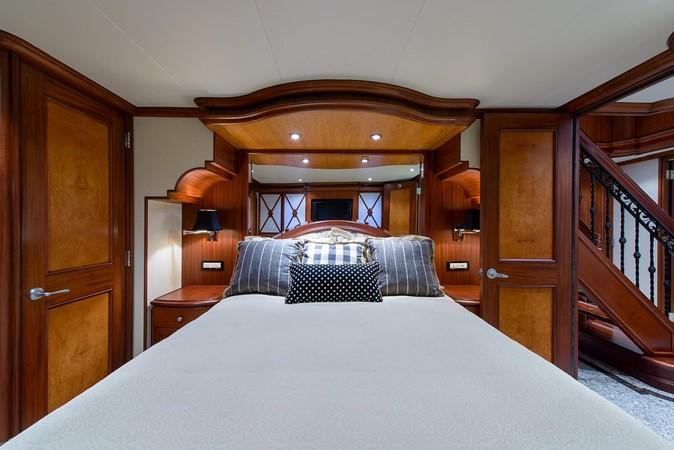 2006 CHEOY LEE Bravo Series Motor Yacht 2431833
