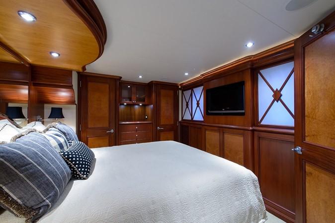 2006 CHEOY LEE Bravo Series Motor Yacht 2431839