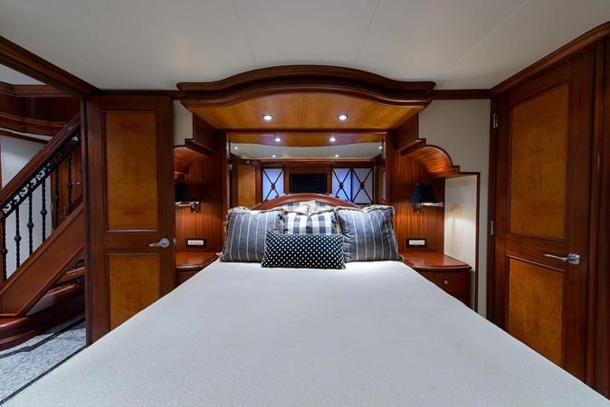 2006 CHEOY LEE Bravo Series Motor Yacht 2431841