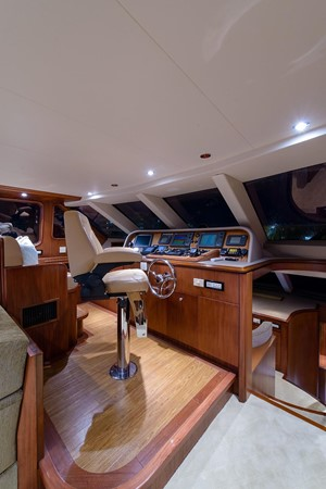 2006 CHEOY LEE Bravo Series Motor Yacht 2431856
