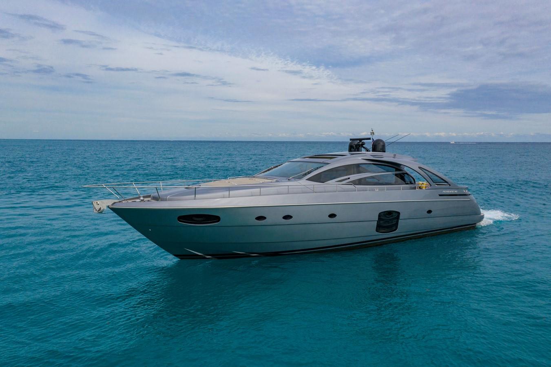 2016 PERSHING 70 Express Cruiser 2439237