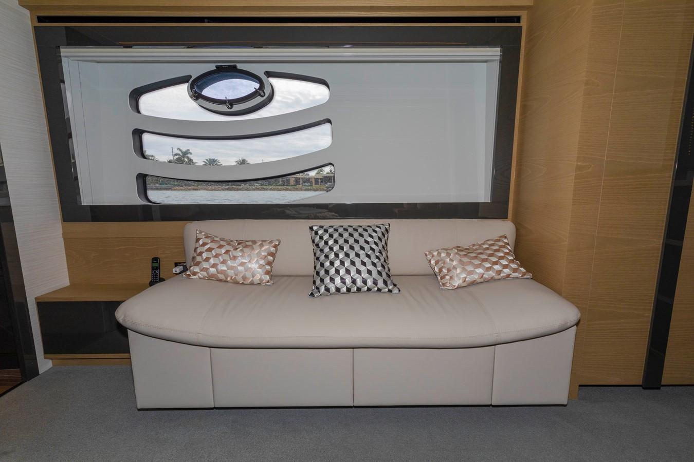 2016 PERSHING 70 Express Cruiser 2439267
