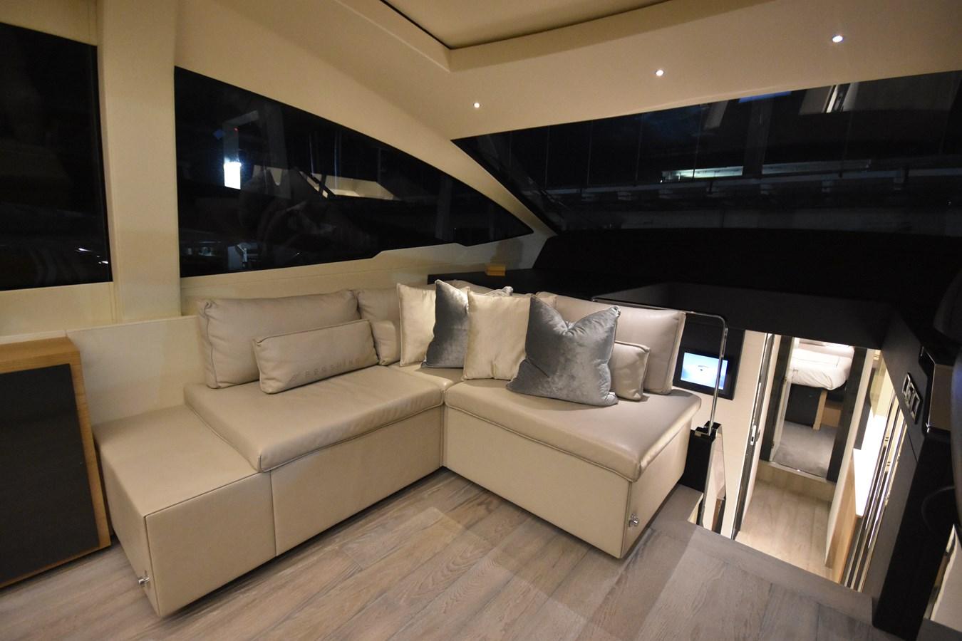 2016 PERSHING 70 Express Cruiser 2745189