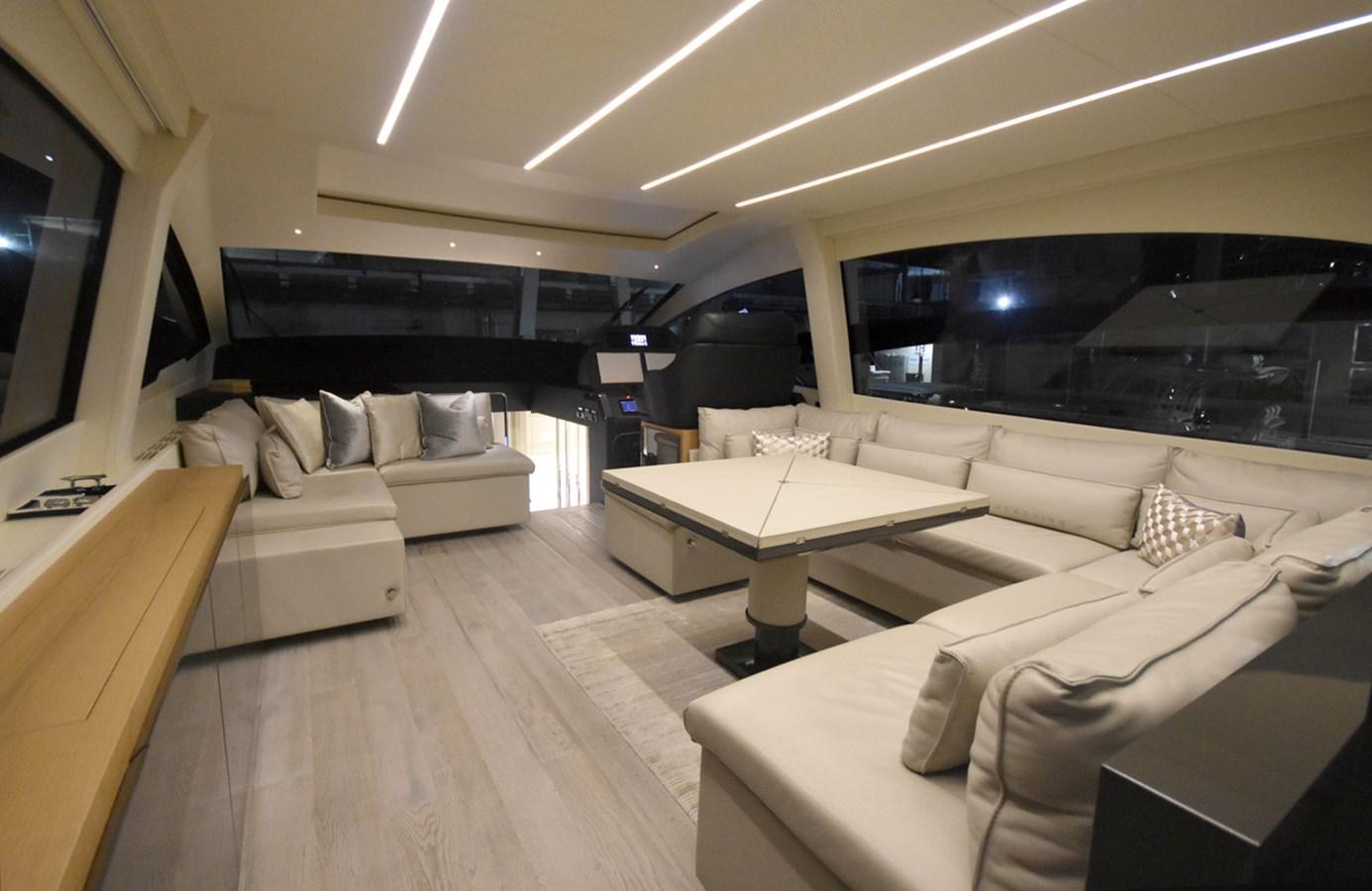 2016 PERSHING 70 Express Cruiser 2745999