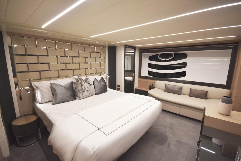 2016 PERSHING 70 Express Cruiser 2746670
