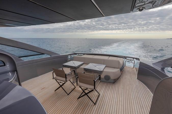 2016 PERSHING 70 Express Cruiser 2439246
