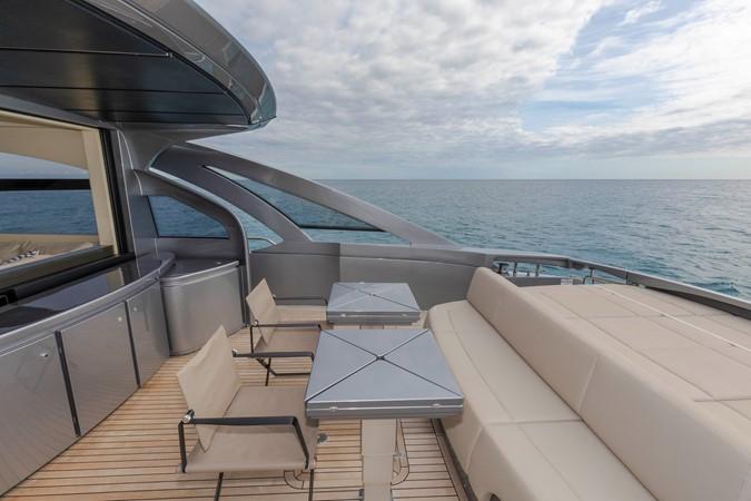 2016 PERSHING 70 Express Cruiser 2439247
