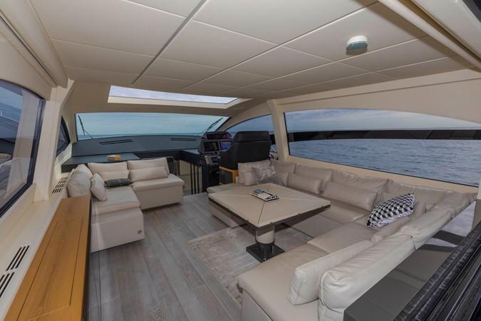 2016 PERSHING 70 Express Cruiser 2439252