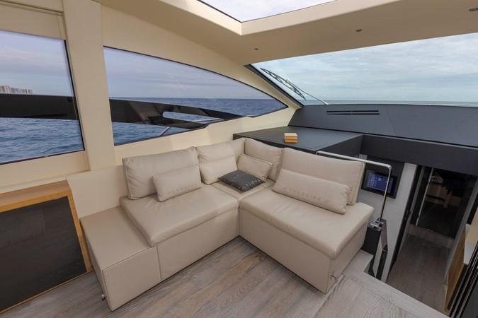 2016 PERSHING 70 Express Cruiser 2439256