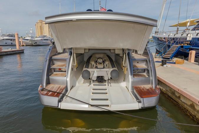 2016 PERSHING 70 Express Cruiser 2439280