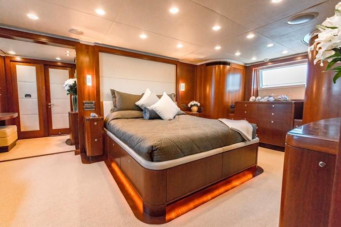 2009 MONTE FINO 122 Commercial Vessel 2435880
